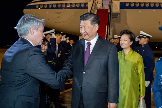 Chinese president arrives in Brazil for BRICS summit