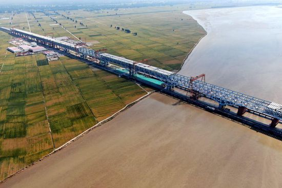 Bridge under construction over Yellow River in central China