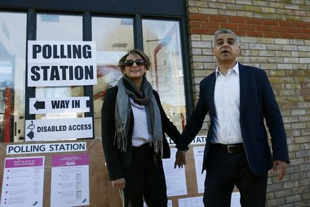 London set to have its first Muslim mayor after bitter campaign