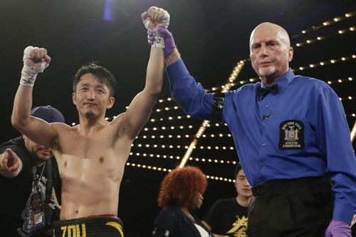 Chinese boxer Zou makes US debut