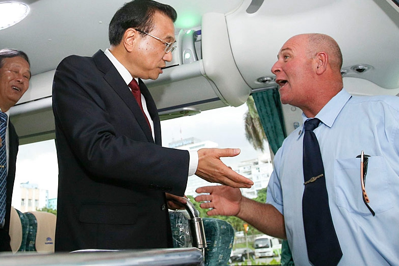 Li experiences on vehicle exported by China's producer in Cuba