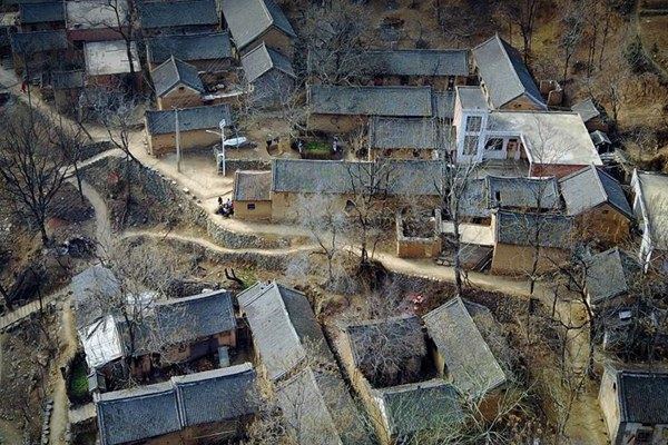 """Stone village"" in C China's Henan province"