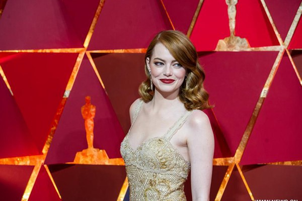 Stars arrive for red carpet of 89th Academy Awards