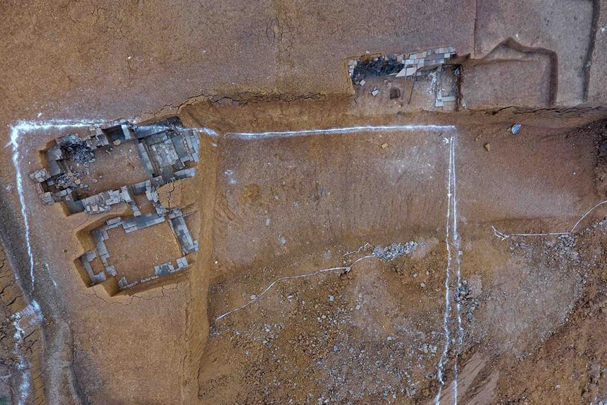 SW China discovers Song Dynasty high-ranking official's family tombs