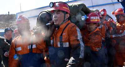 6 trapped miners rescued 3 days after coal mine flooding