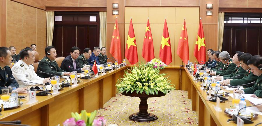 Fan Changlong (3rd L), vice chairman of the Central Military Commission of China, holds talks with Vietnamese Minister of Defense Ngo Xuan Lich (3rd R) in Hanoi, capital of Vietnam, June 18, 2017.(Xinhua/Li Xiaowei)