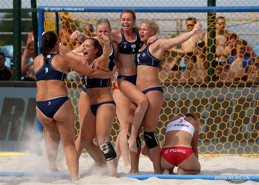 Norwegian women's team celebrate winning the 2017 European Beach Handball Championship in Zagreb, capital of Croatia, June 25, 2017. Norway defeated Poland 2-0 to claim the title. (Xinhua/Igor Kralj)