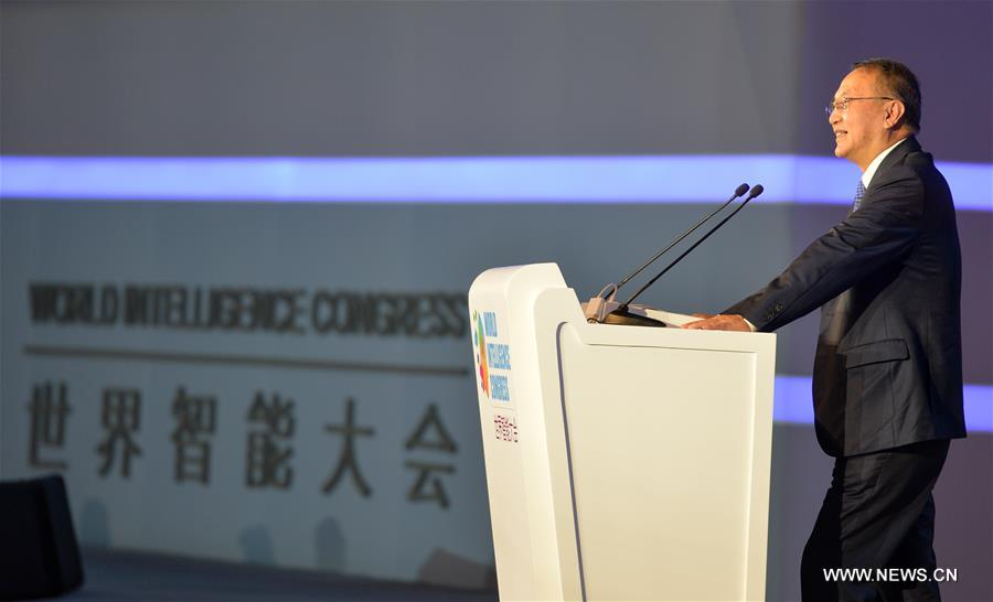 Liu Chuanzhi, Chairman of the Board of Legend Holdings Corporation, speaks during the first World Intelligence Congress in Tianjin, north China, June 29, 2017. The congress opened here on Thursday. (Xinhua/Bai Yu)