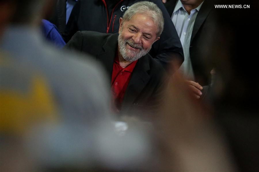 Former Brazilian President Luiz Inacio Lula da Silva holds a press conference at the headquarters of the Workers' Party in Sao Paulo, Brazil, July 13, 2017. Luiz Inacio Lula da Silva said on Thursday that he still intended to run for president in the 2018 elections. This came a day after he was sentenced to nine-and-a-half-year in prison for corruption and was barred from running for public office for 19 years. (Xinhua/Rahel Patrasso)