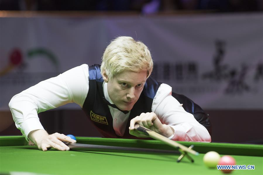 Neil Robertson of Australia competes during the World Snooker Hong Kong Masters 2017 against Mark Selby of England in Hong Kong, China, July 20, 2017. (Xinhua/Liu Yun)