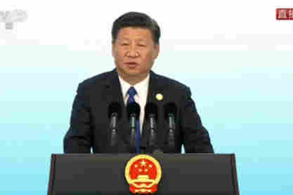 Xi meets journalists as BRICS summit concludes