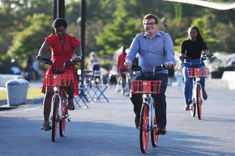 China's Mobike launches bike-sharing service in Washington D.C.