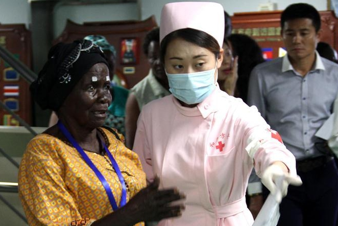 Chinese naval hospital ship Peace Ark offers medical services in Angola