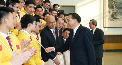 Chinese premier stresses craftsmanship