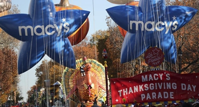 NYC's Thanksgiving Parade moves smoothly with giant balloons, heavy security
