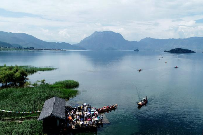 In pictures: Breathtaking scenery of Lugu Lake in SW China