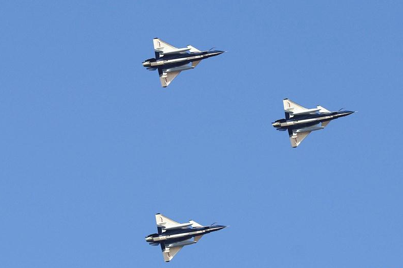 Chinese Air Force aerobatics team departs for performance in Russia