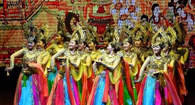 Ulan Muqir art troupe from Gansu perform in Xi'an