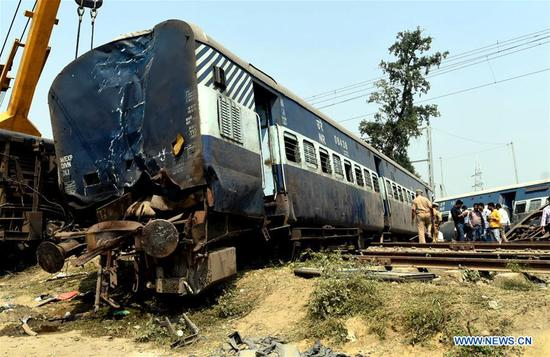 Photo taken on Oct. 10, 2018 shows the site of train accident at the Harchandpur railway station in the Uttar Pradesh's Raebareli district, India. At least seven people were killed and more than 30 others injured after a passenger train derailed in northern Indian state of Uttar Pradesh Wednesday, railway officials said. (Xinhua/Stringer)