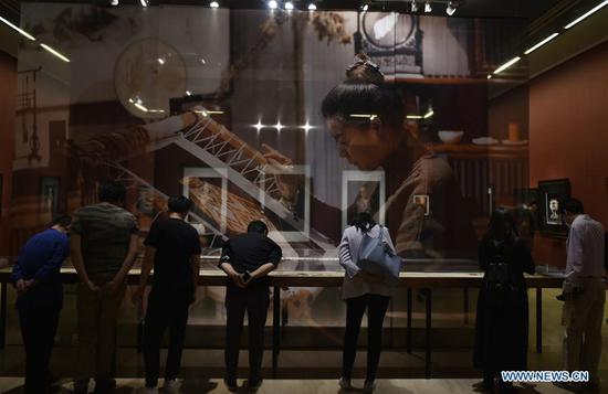 苏州刺绣展在北京举行 3