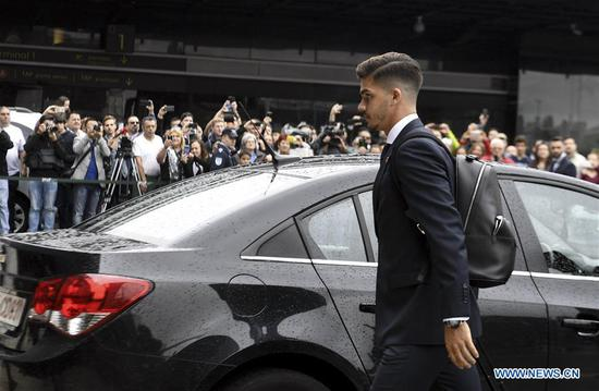 Portugal's national football team player Andre Silva arrives at airport before departing to Russia for the FIFA World Cup 2018 in Lisbon, Portugal, June 9, 2018. (Xinhua/Zhang Liyun)