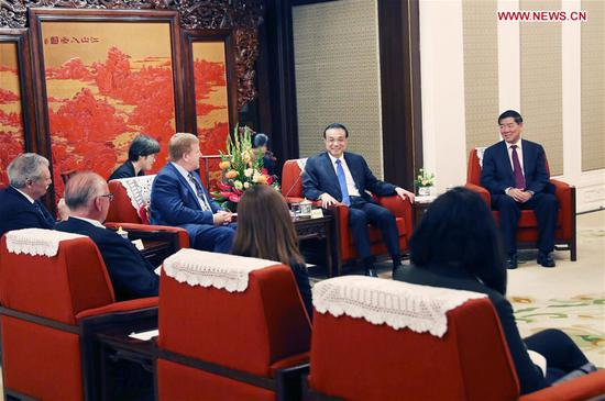 Chinese Premier Li Keqiang meets with an American delegation visiting China for a dialogue with Chinese entrepreneurs and exchanges views with them on China-U.S. trade relations in Beijing, capital of China, Sept. 10, 2019. The delegation consists of U.S. business entrepreneurs and some former high-level officials. (Xinhua/Yao Dawei)