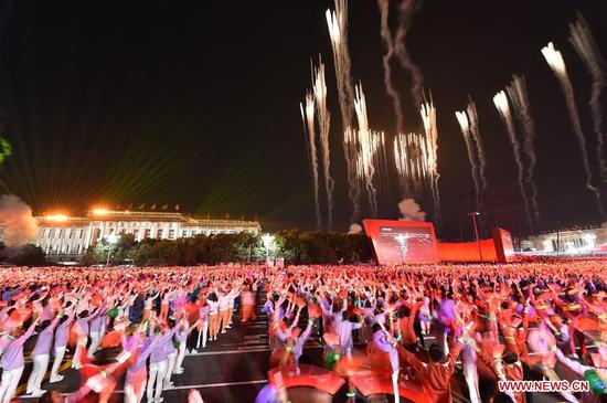 A grand evening gala is staged on the Tian'anmen Square to celebrate the 70th anniversary of the founding of the People's Republic of China, in Beijing, capital of China, Oct. 1, 2019. (Xinhua/Lan Hongguang)