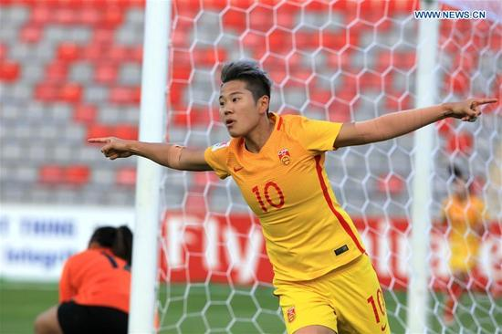 China's Li Ying celebrates scoring during the group A match between China and the Philippines at the 2018 AFC Women's Asian Cup, in Amman, Jordan, April 9, 2018. (Xinhua/Mohammmad Abu Ghosh)