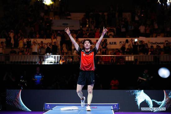 Jang Woojin of South Korea celebrates victory after the men's single final match against Liang Jingkun of China at the ITTF World Tour Platinum Korea Open in Daejeon, South Korea, July 22, 2018. Jang Woojin won 4-0. (Xinhua/Wang Jingqiang)