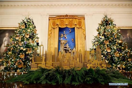 Christmas decorations are seen at the White House during the 2018 Christmas Press Preview in Washington D.C., the United States, on Nov. 26, 2018. (Xinhua/Ting Shen)