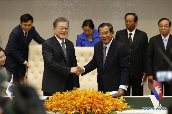 柬埔寨和韩国签署了促进两国关系的墨水协定