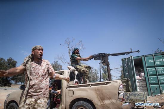 利比亚的黎波里战斗死亡人数上升到432人:谁