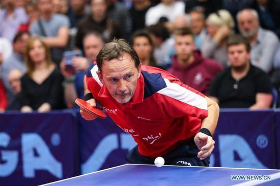 比利时的Jean-Michel Saive结束了乒乓球生涯 3