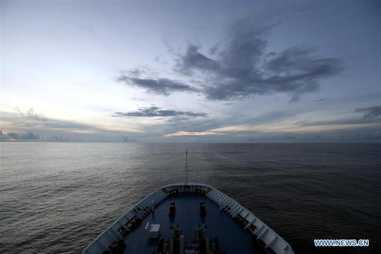 China's spacecraft tracking ship Yuanwang-3 sails in the waters near the equator on June 18, 2019. Yuanwang-3 has crossed the equator at 23:09 Tuesday Beijing Time (1509 GMT Tuesday) and continued its sail for the southern Pacific Ocean for upcoming satellite maritime monitoring missions. (Xinhua/Liu Shiping)