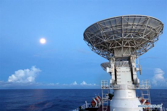 China's spacecraft tracking ship Yuanwang-3 sails in the waters near the equator on June 19, 2019. Yuanwang-3 has crossed the equator at 23:09 Tuesday Beijing Time (1509 GMT Tuesday) and continued its sail for the southern Pacific Ocean for upcoming satellite maritime monitoring missions. (Xinhua/Liu Shiping)