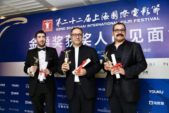"""Production team of Iranian movie """"Castle of Dreams"""" meet the press at the Shanghai Film Festival on June 23, 2019. [Photo: IC]"""