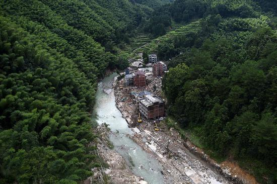 The site of the landslide on Aug. 11, 2019 in Shanzao Village of Yantan Township in Yongjia County, east China's Zhejiang Province. (Xinhua/Han Chuanhao)
