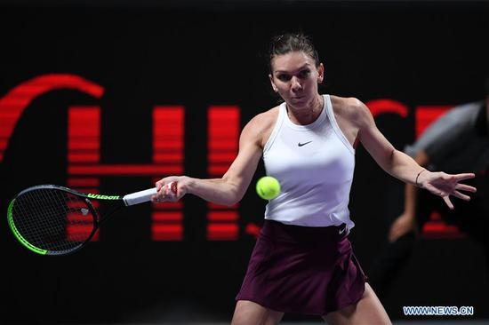 海拉普在WTA总决赛阶段篮板击败Andreescu