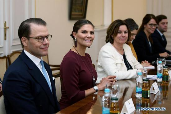 Sweden's Crown Princess Victoria (2nd L) and Prince Daniel (1st L) meet with members of Bosnia and Herzegovina's presidency in Sarajevo, Bosnia and Herzegovina (BiH), on Nov. 6, 2019. Members of Bosnia and Herzegovina's presidency and visiting Swedish royal family vowed on Wednesday to strengthen the relations between the two countries, BiH's presidency said in a statement. (Photo by Nedim Grabovica/Xinhua)