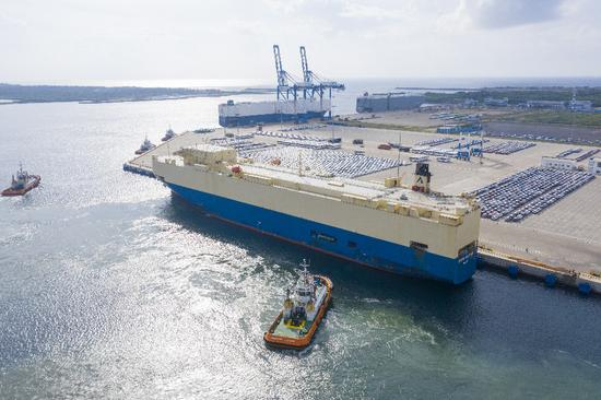 Aerial photo taken on Dec. 14, 2019 shows the Hambantota International Port in Sri Lanka. (Xinhua/Liu Hongru)