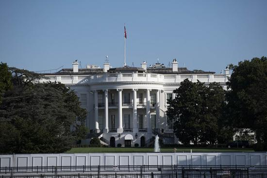 Photo taken on Oct. 2, 2020 shows the White House in Washington, D.C., the United States. (Xinhua/Liu Jie)