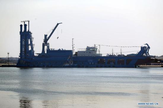 Photo taken on April 12, 2021 shows a large cutter suction dredger (CSD) on Timsah Lake in Ismailia, northeastern Egypt. Egypt's Suez Canal Authority (SCA) celebrated on Monday the recent arrival of the large cutter suction dredger (CSD). (Xinhua/Ahmed Gomaa)
