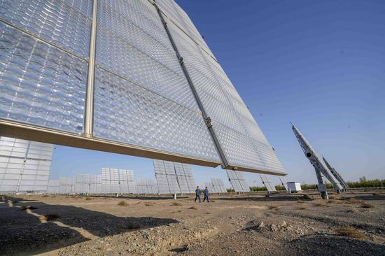 Solar, wind energy boom powers China's carbon-neutral drive
