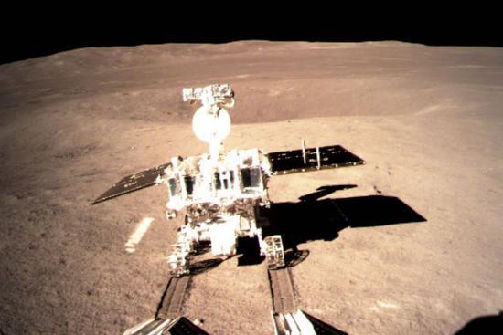 Yutu-2 leaves first 'footprint' on moon's far side