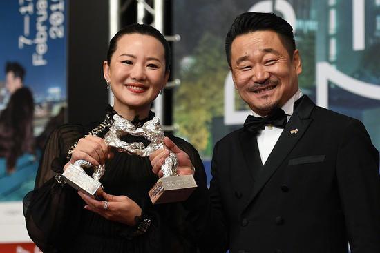 Wang Jingchun and YongMei win Silver Bears for best actor&actress