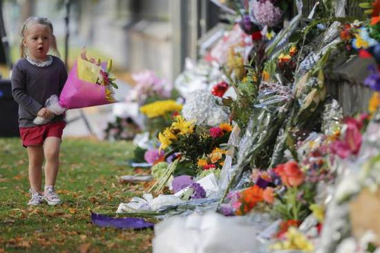 Death toll climbs to 50 in Christchurch terror attacks, gun laws to be changed