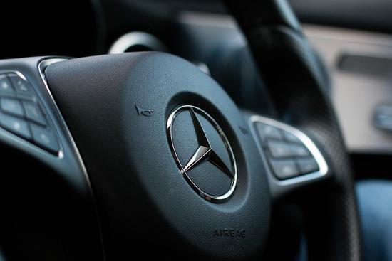 Mercedes in apology for buyer's ordeal
