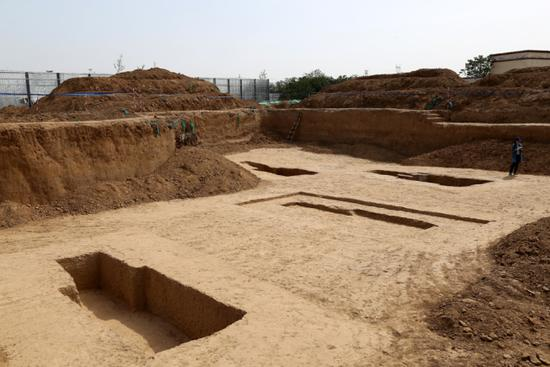 160 ancient tombs are discovered in central China's Henan Province on May 13, 2019. [Photo: IC]