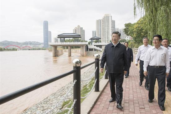 Xi makes inspection tour in Lanzhou, Gansu