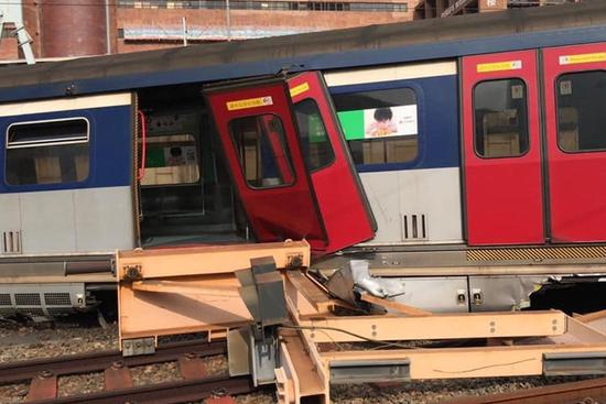 Train derails near Hong Kong's Hung Hom MTR station